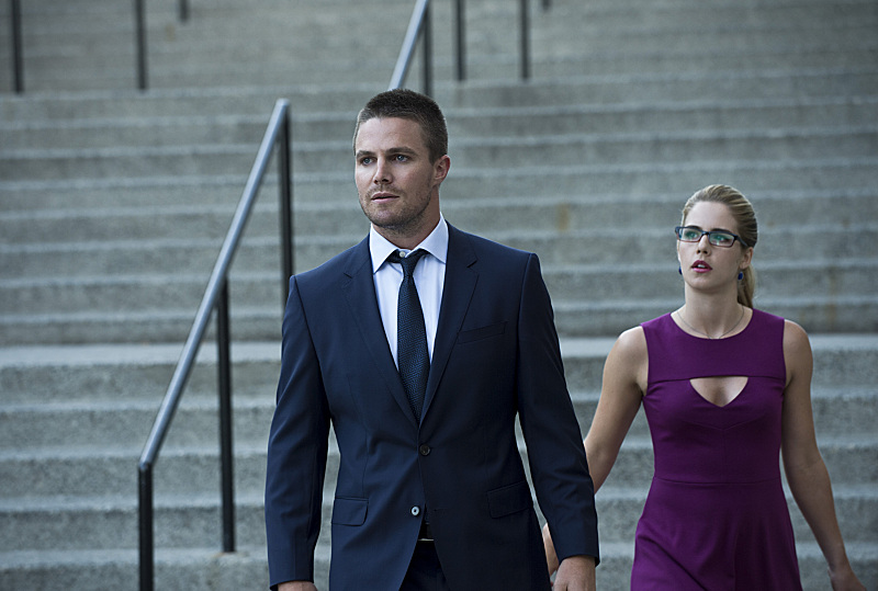 Arrow season 3 spoilers felicity s dark fate in upcoming episodes