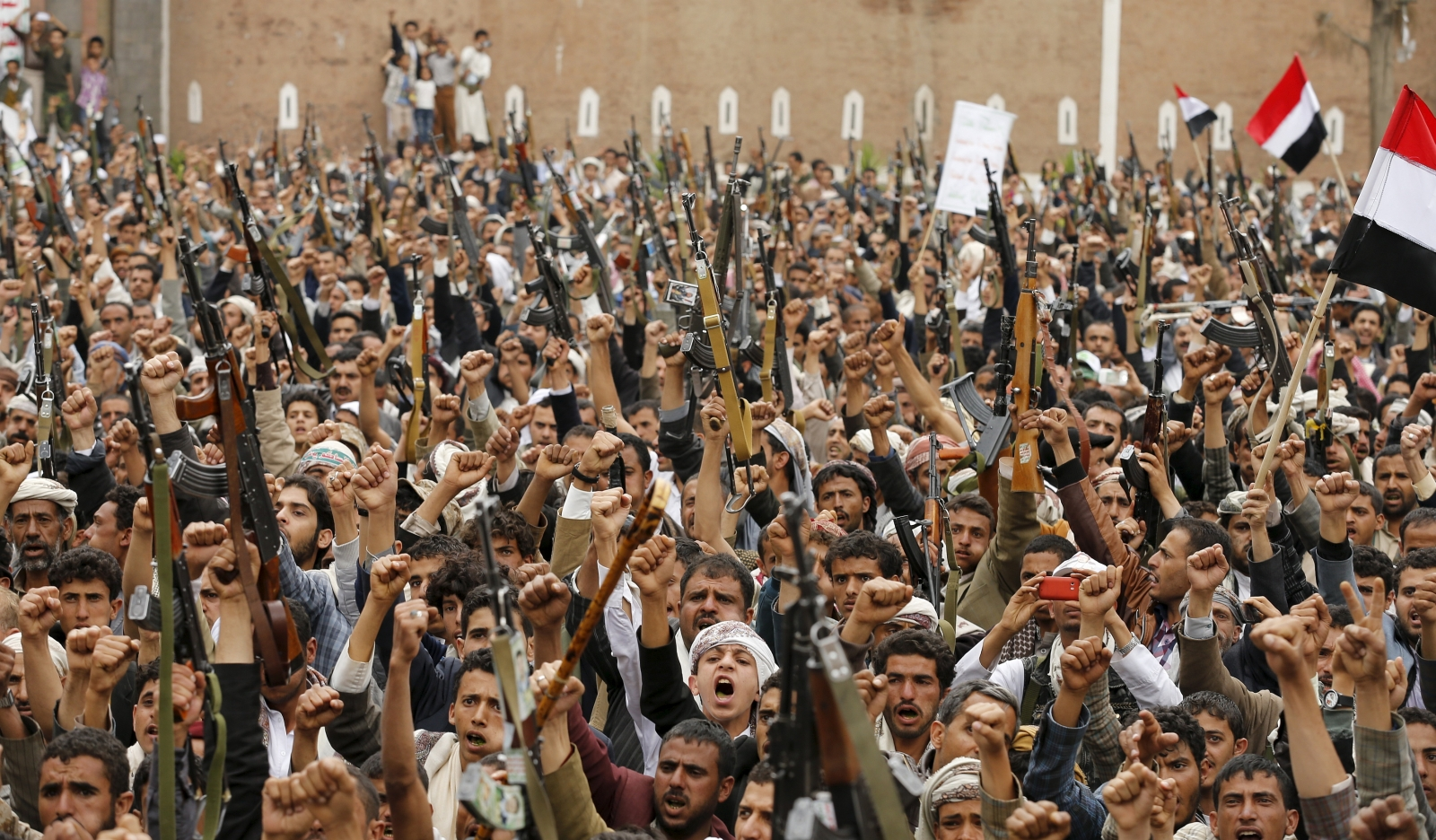 Yemen crisis: Rebel leader Abdulmalik al-Houthi promises to create 'graveyard' of Sunni invaders