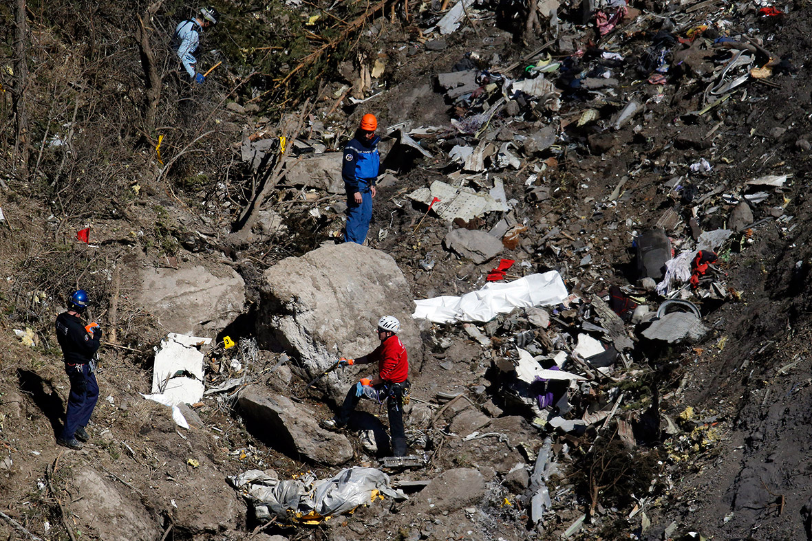 Germanwings murder suicide pilot's family claims new ...