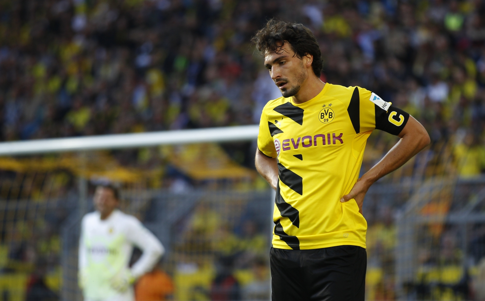 Mats Hummels can be sold in the summer says Borussia Dortmund CEO