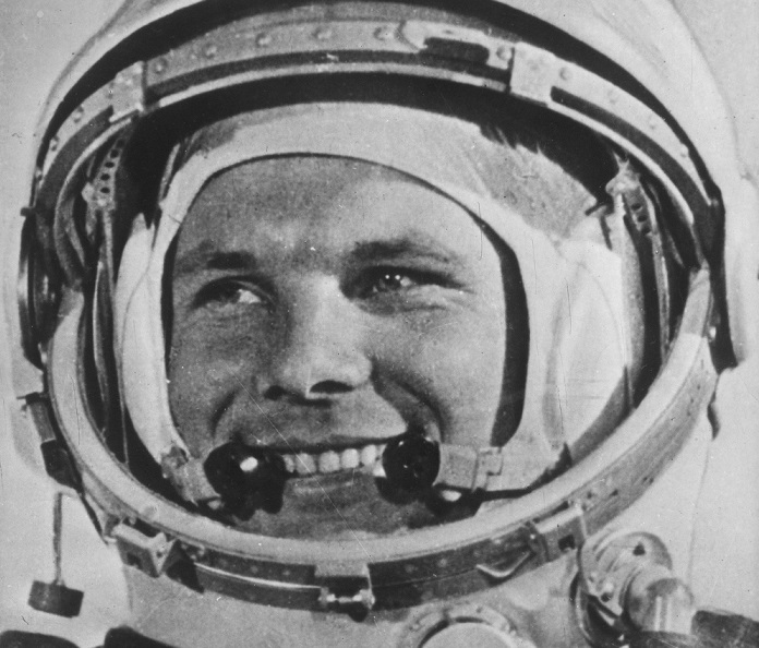 earth and yuri gagarin On 12 april 1961, yuri gagarin, aged 27, became the first human in space, completing a 108-minute orbit of the earth these extracts are from media reports and flight transcripts of communication between gagarin and chief rocket engineer sergei korolev and astronaut pavel popovich, who remained on.