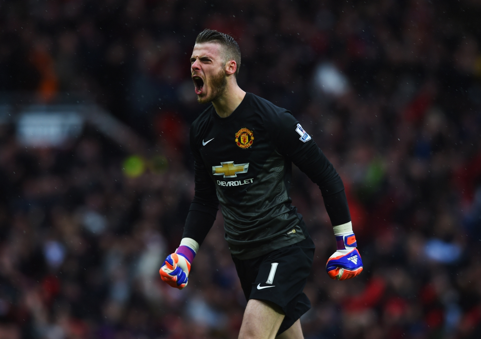 Manchester United may have to sell David de Gea at a loss to Real