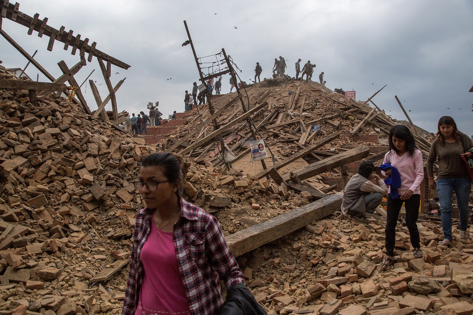 scientific reason for nepal eathquake While there are signs that life is returning to normal for many of those affected by the nepal earthquake, thousands of people who lost their homes are still living under tarps three months.