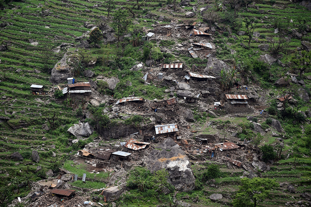 nepal earthquake A powerful earthquake — the country's worst in 80 years — rocked mountainous nepal on saturday.