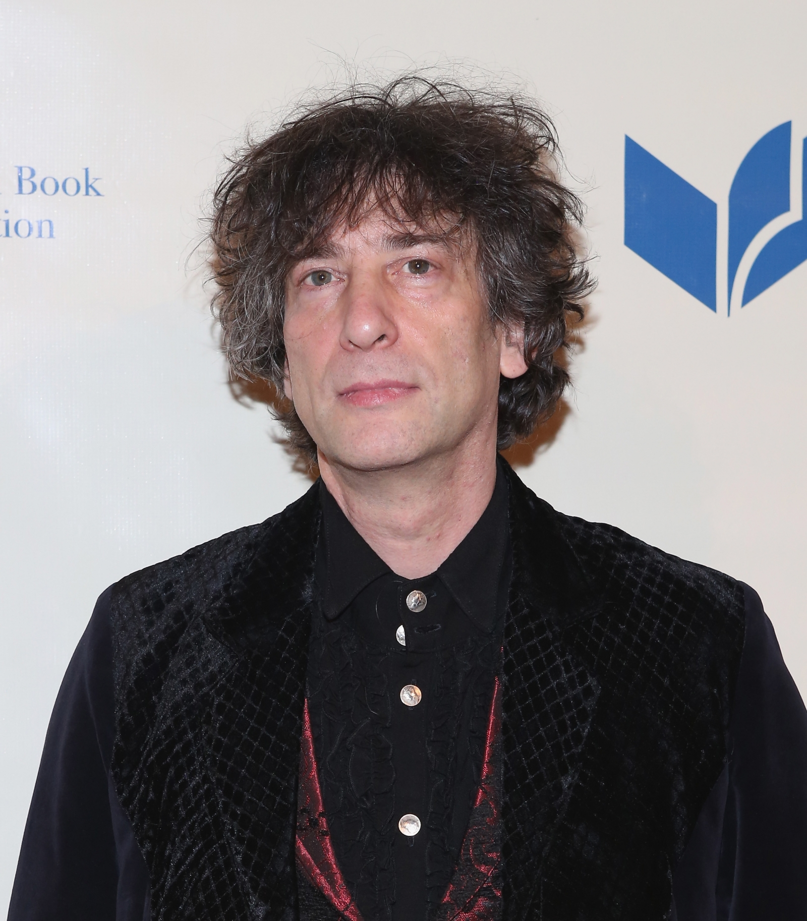 Neil Gaiman will host a table at a Pen award ceremony in New York in ...
