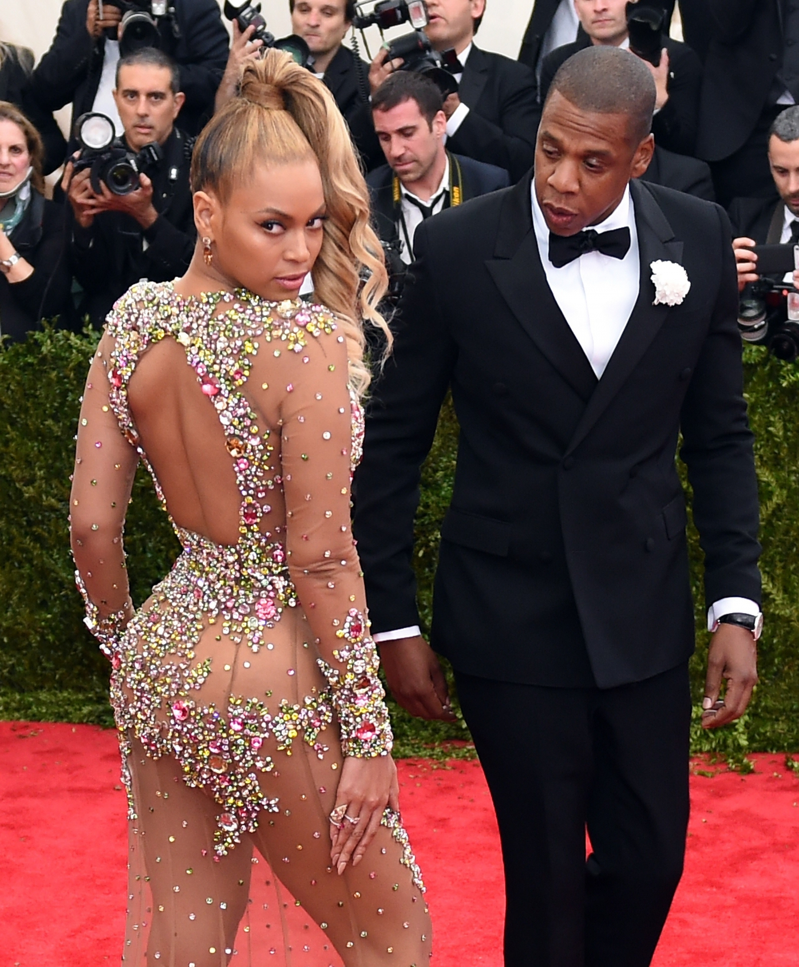 beyonce snubbing joint album husband jay z record new solo record