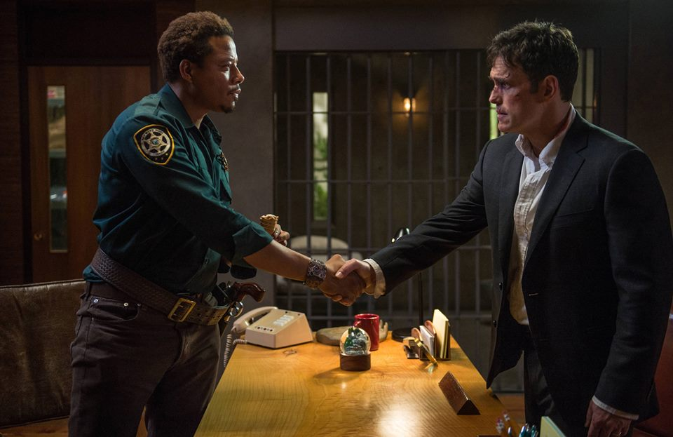 Wayward Pines premiere: Special agent tries to unravel town's secrets ...