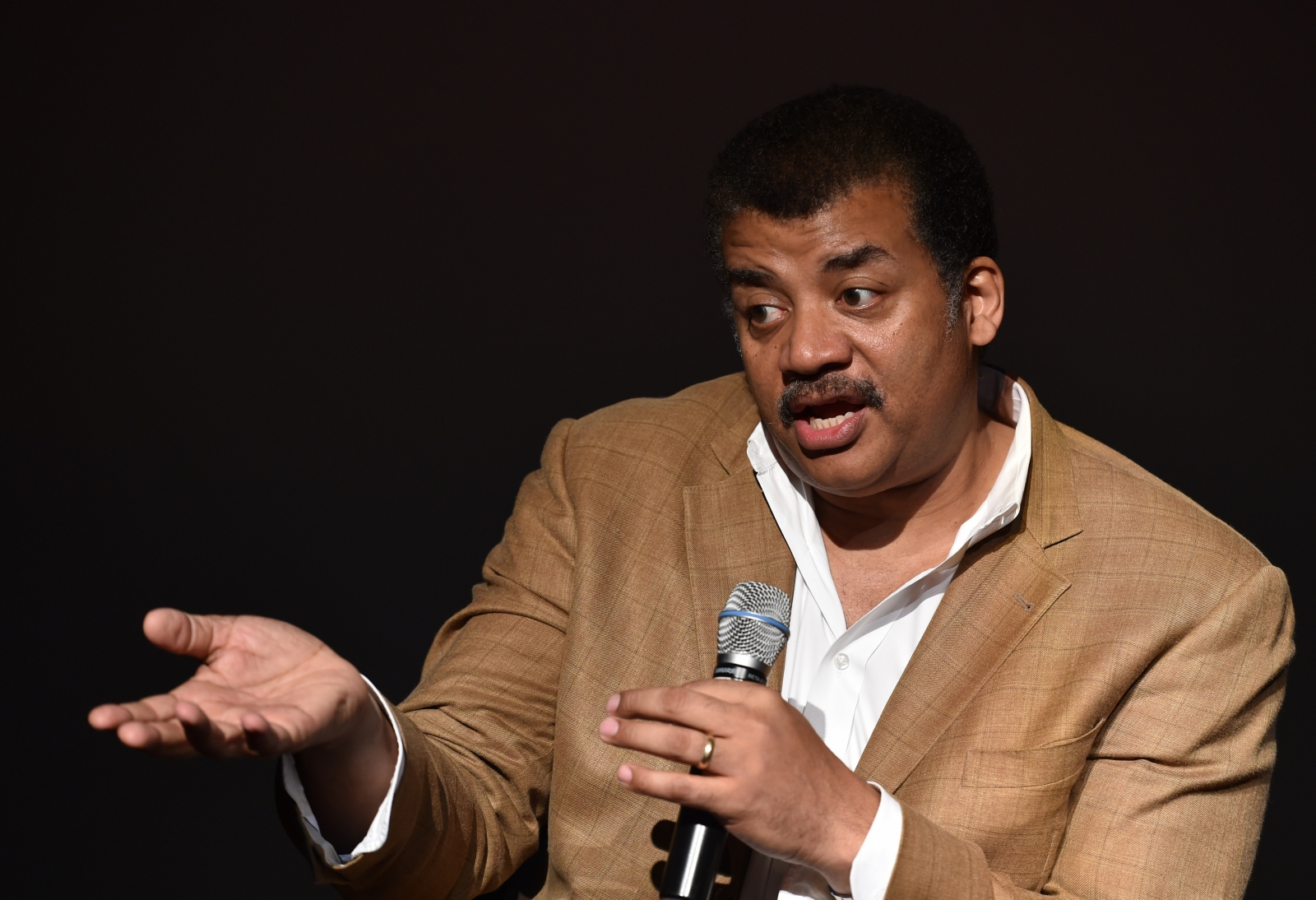 Star Wars The Force Awakens: Astrophysicist Neil deGrasse ...