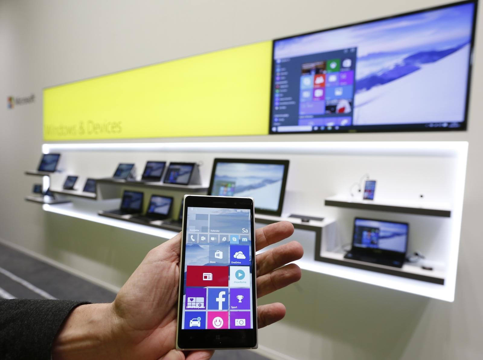 اسکرین شات های ویندوز 10 موبایل بیلد 10149