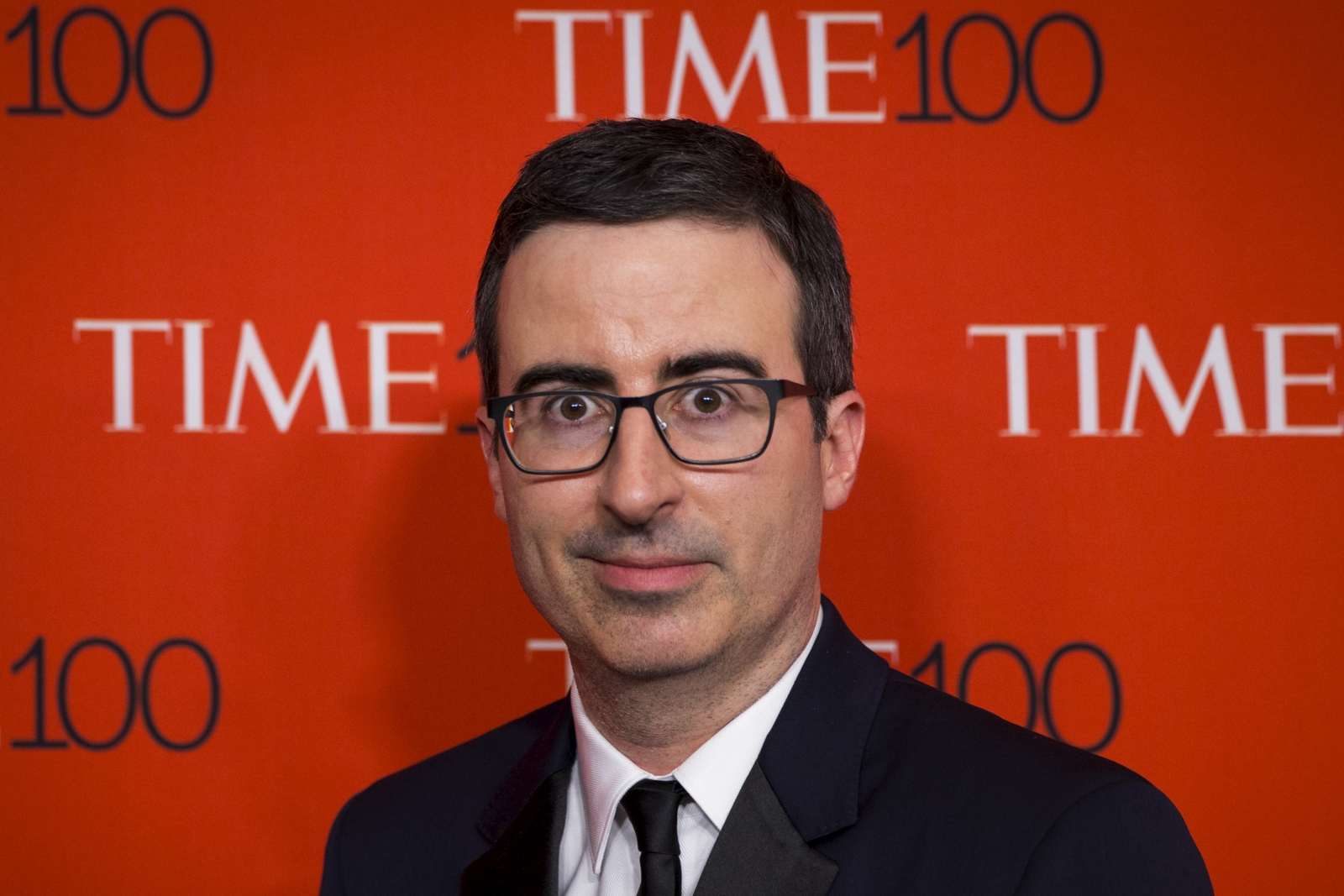 Fifa in Crisis: John Oliver buys airtime in Trinidad to poke fun at former official Jack Warner - john-oliver