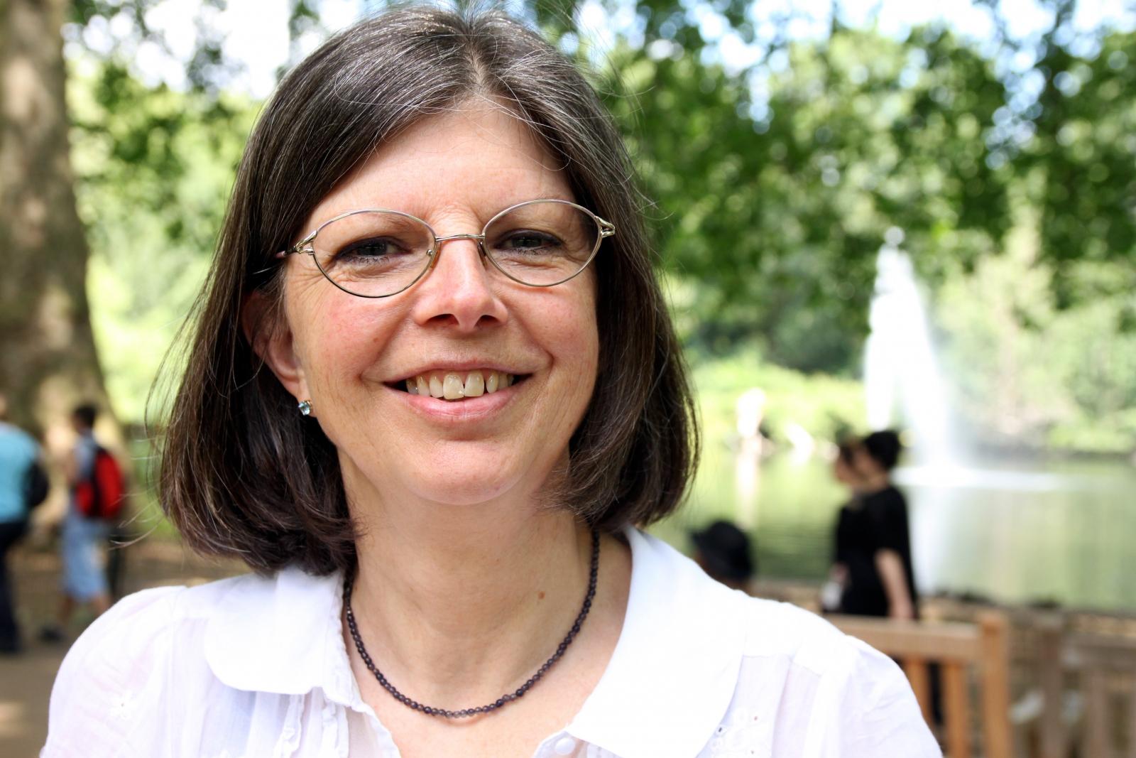 7/7 London bombings: Annie Thomas helped a community to mourn their friend - 7-7-memorial-10th-anniversary-annie-thomas