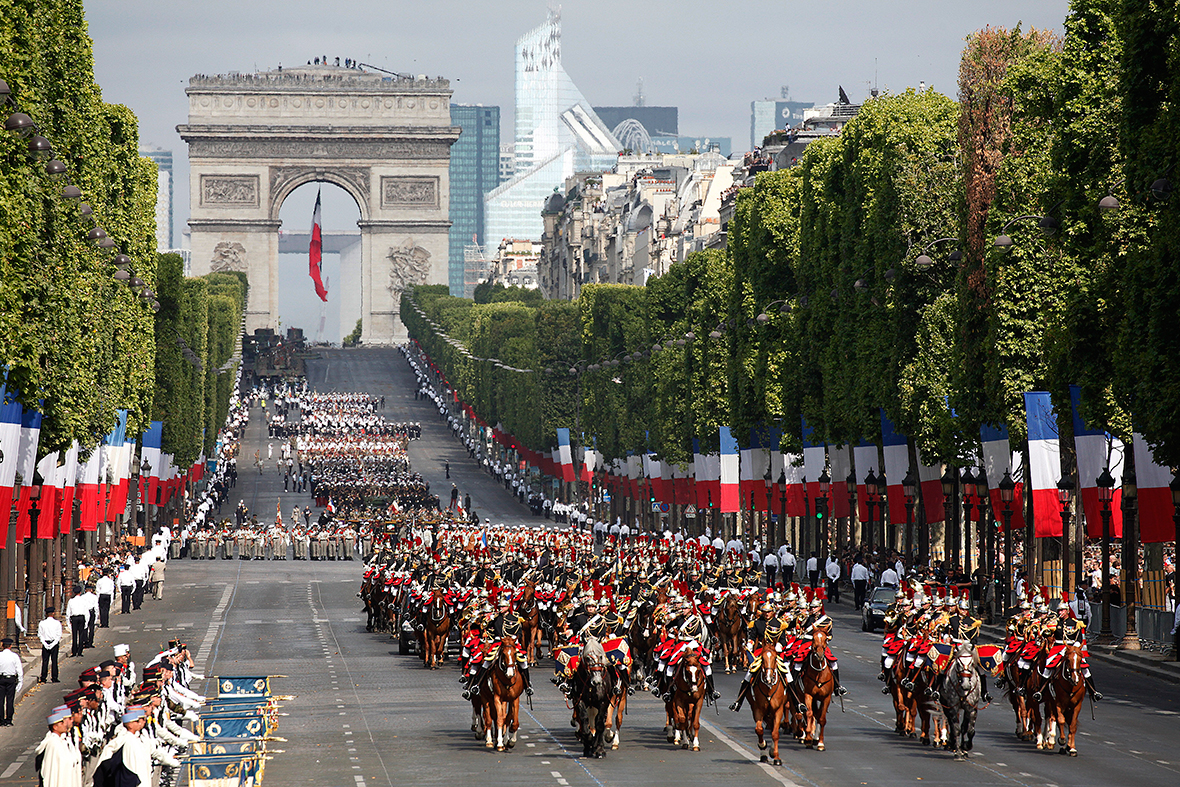 est100 some photos bastille day parade. Black Bedroom Furniture Sets. Home Design Ideas