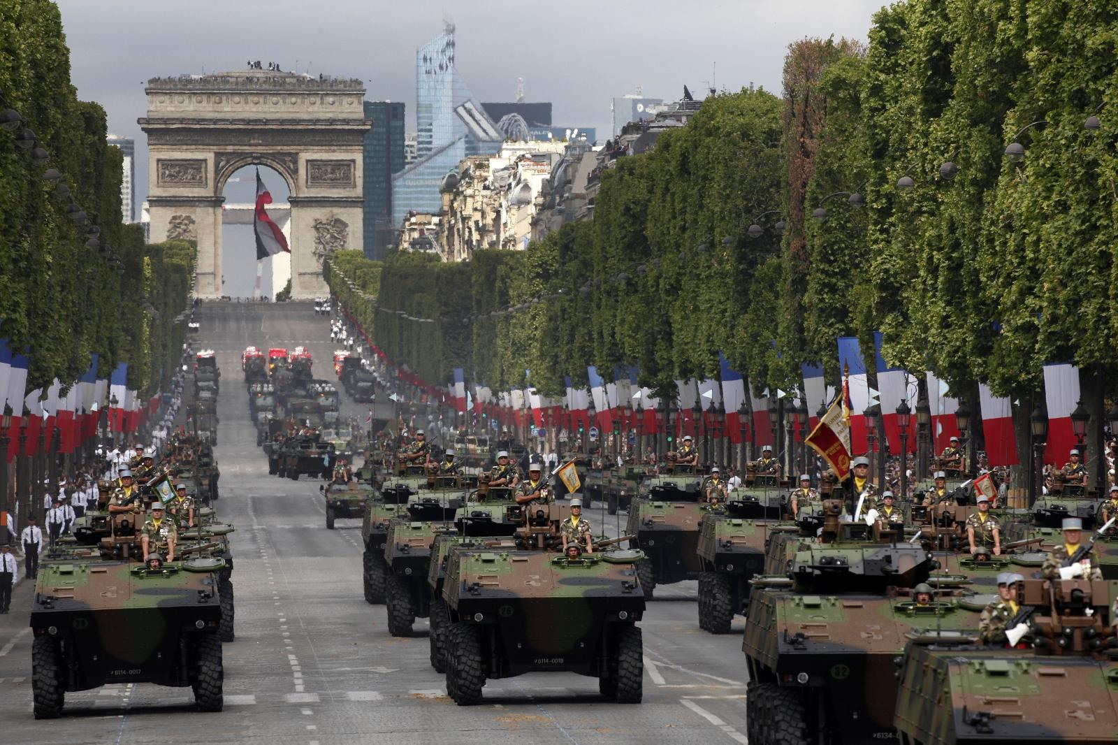 est100 一些攝影(some photos): Bastille Day parade, 巴士底日/ 法國國慶日 閱兵