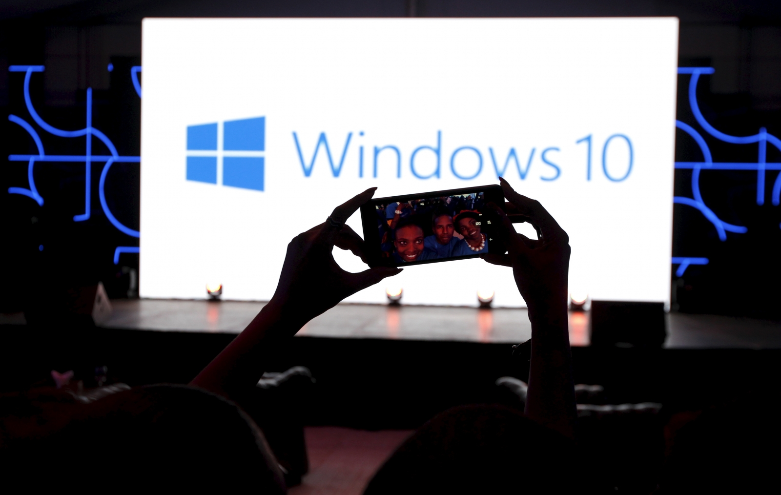 Of android apps works on windows 10 mobile reuters thomas mukoya