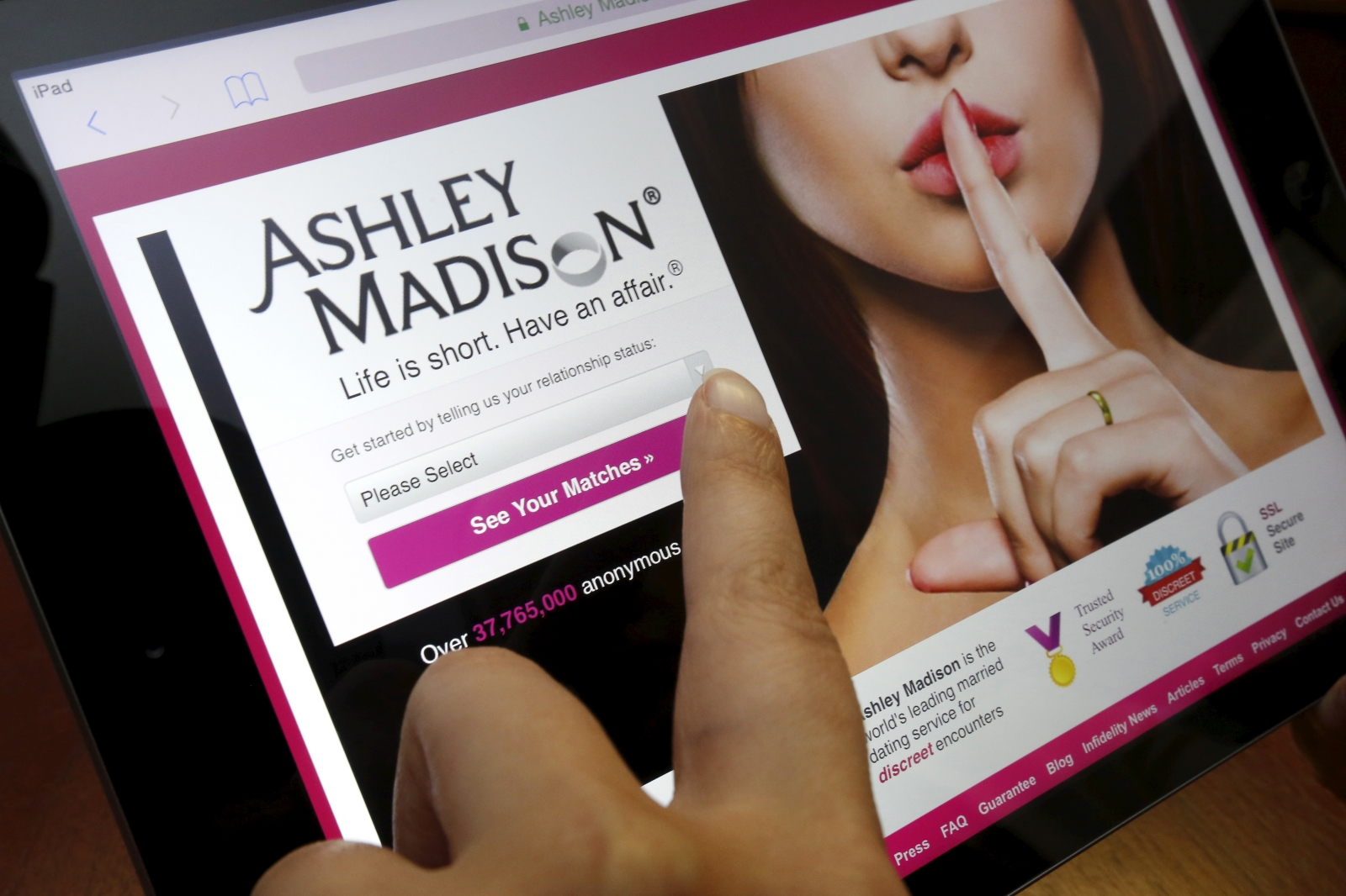 ashley madison search