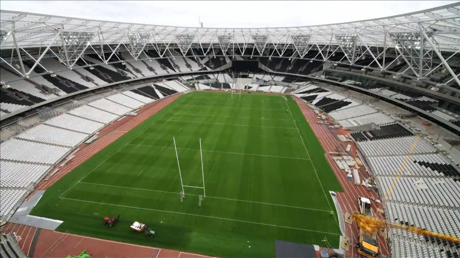 Rugby World Cup: Time-lapse video of Olympic Stadium ...