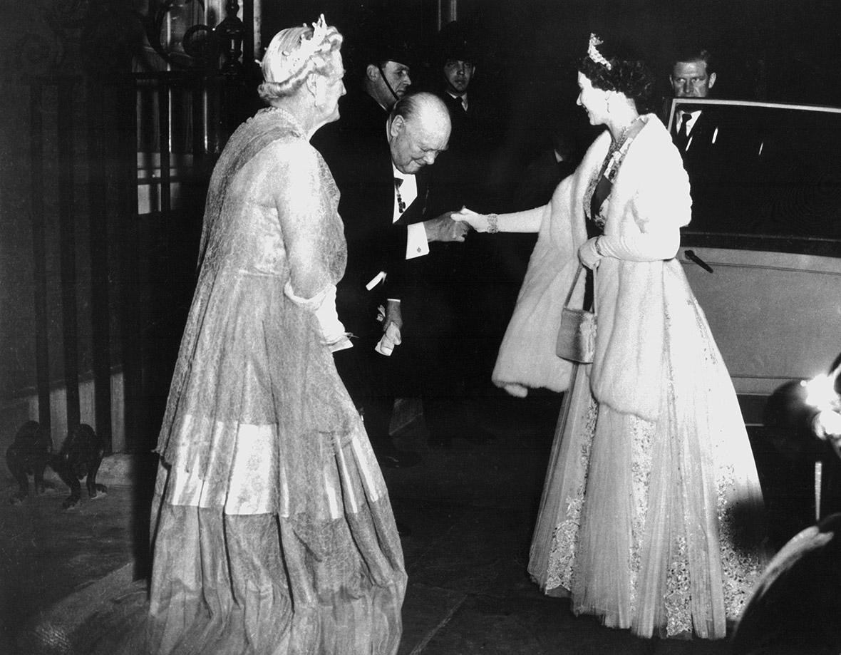 essays on queen elizabeth