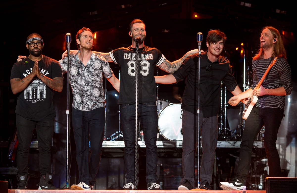 Super Bowl 2016 Maroon 5 Replacing One Direction To