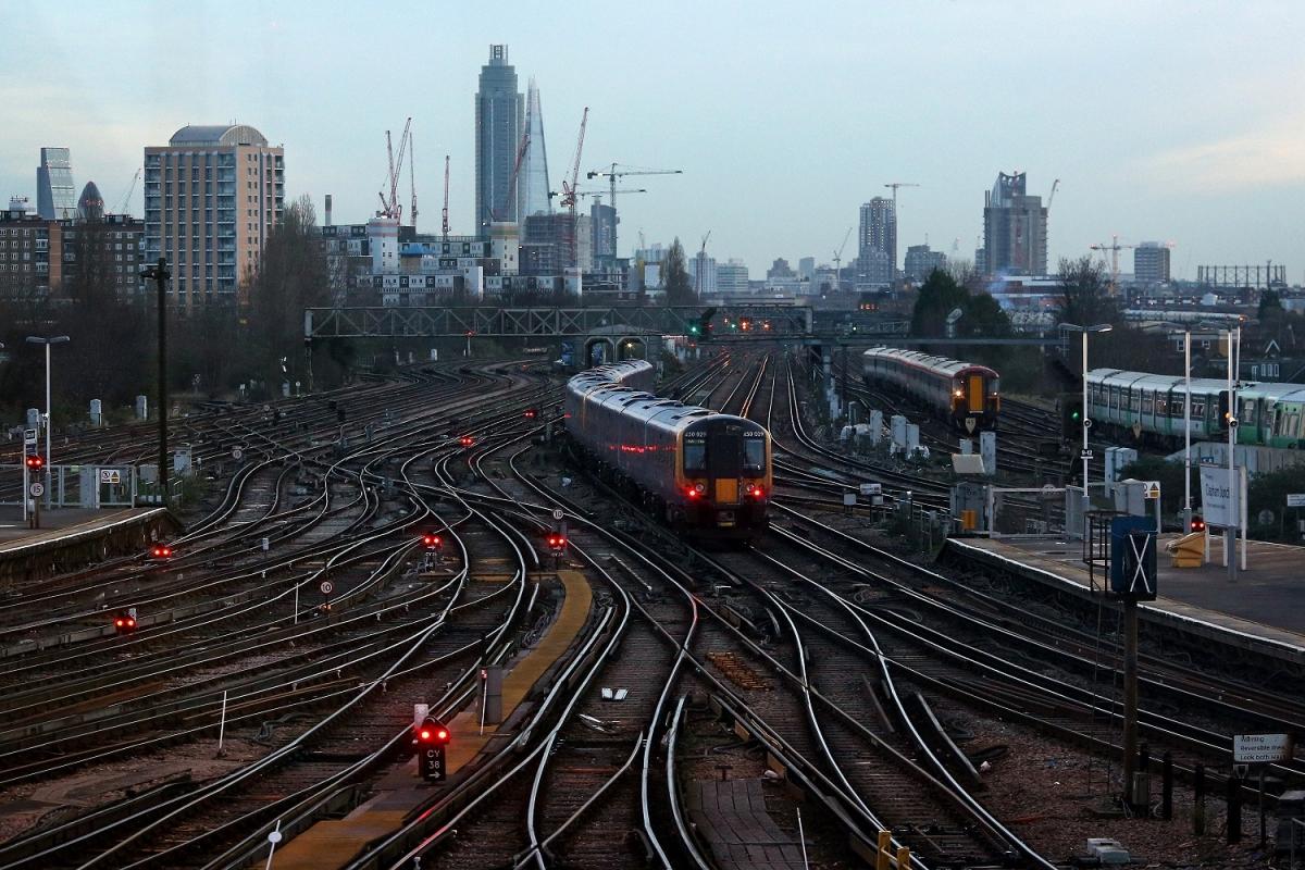 Uk Rail Revolution Network Rail Boss Calls On Councils