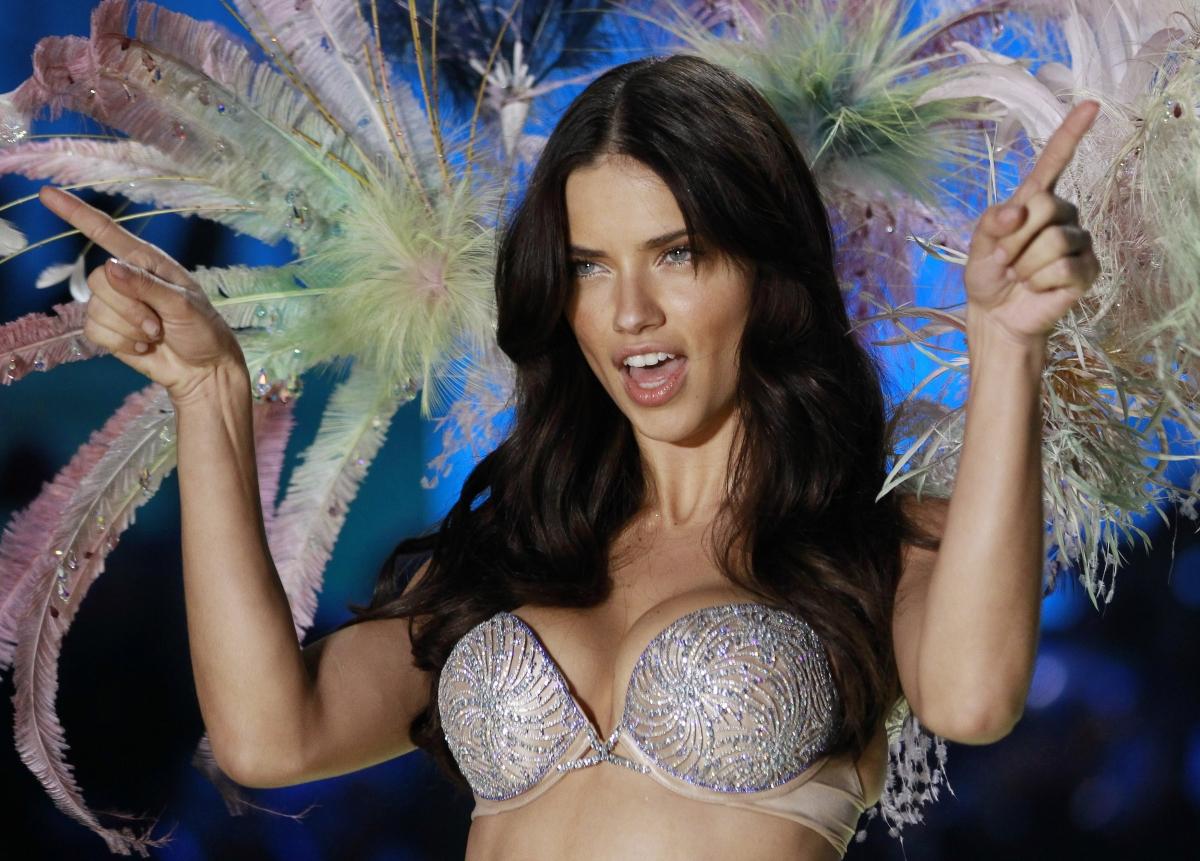 Adriana Lima Hot 1280X1024