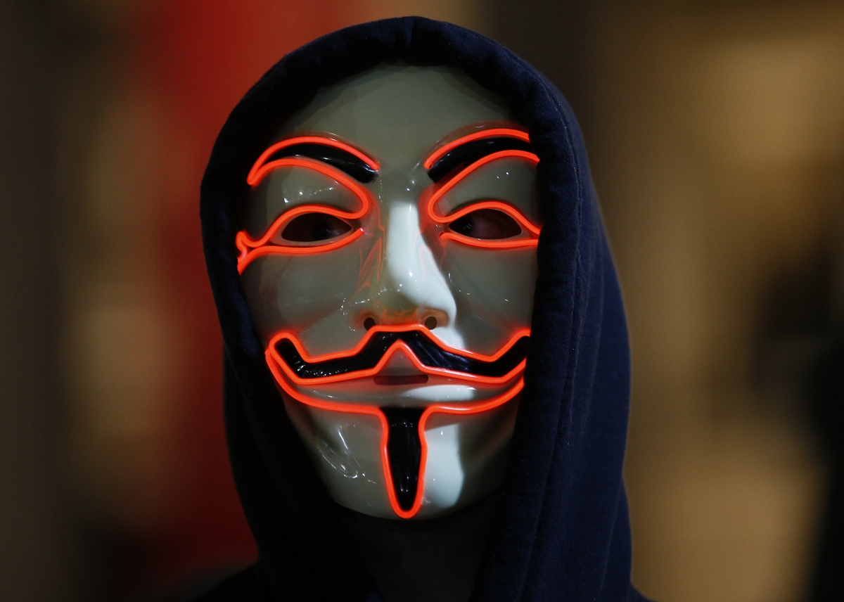 Paris attacks: Anonymous declares 'war' on Isis - Business ...