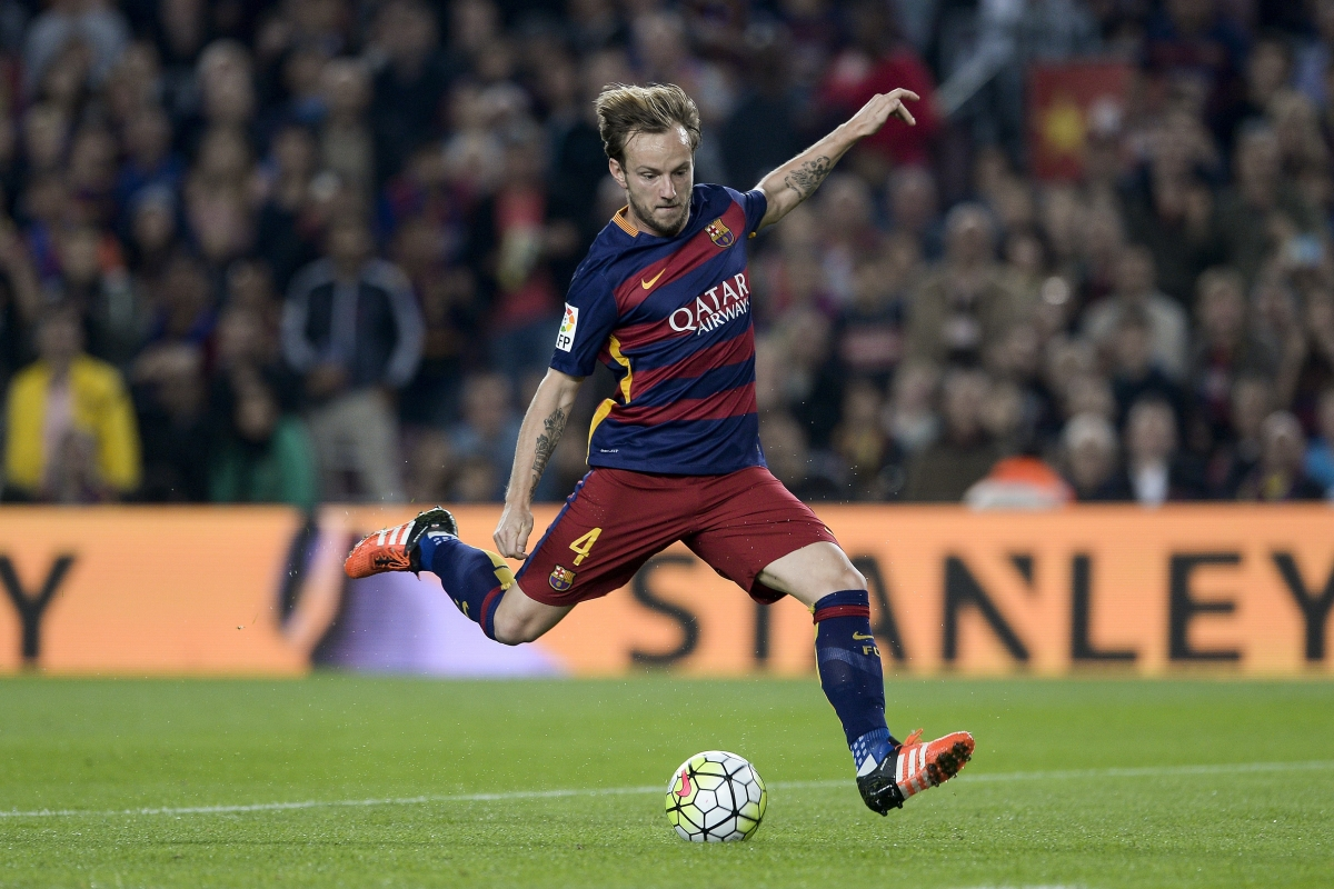 Barcelona transfer news Ivan Rakitic snubbed Manchester United