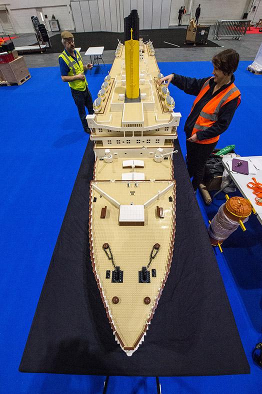 Exposition londonienne d'un Titanic géant en lego (11-13/12) Lego-expo-2015
