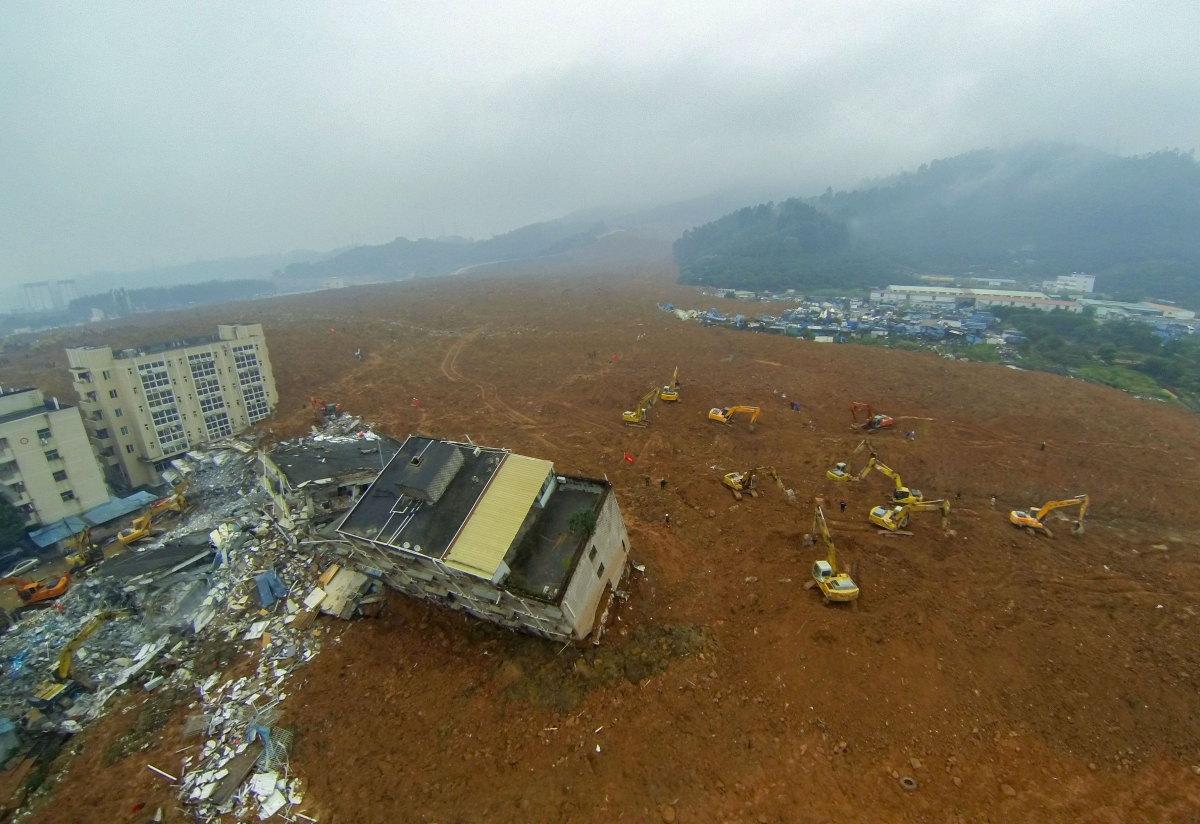 china landslide first body found as frustration mounts in shenzhen