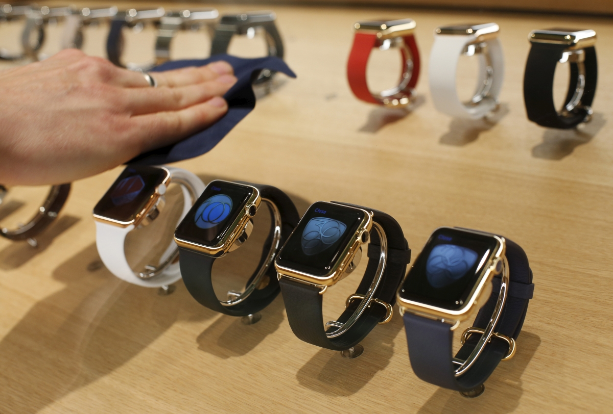 Apple Watch 2, Samsung Gear S3, Moto 360 3: Smartwatches ...