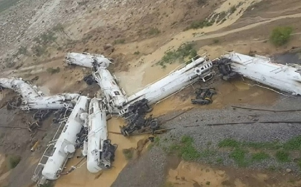 Train crash Oz