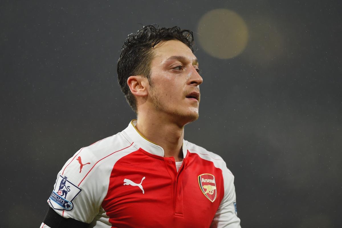 Arsenal Vs Chelsea Mesut Ozil Hopeful Of Returning To