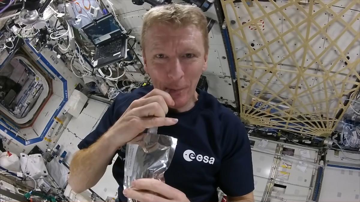 Inilah Cara Astronot Menyeduh Kopi di Luar Angkasa