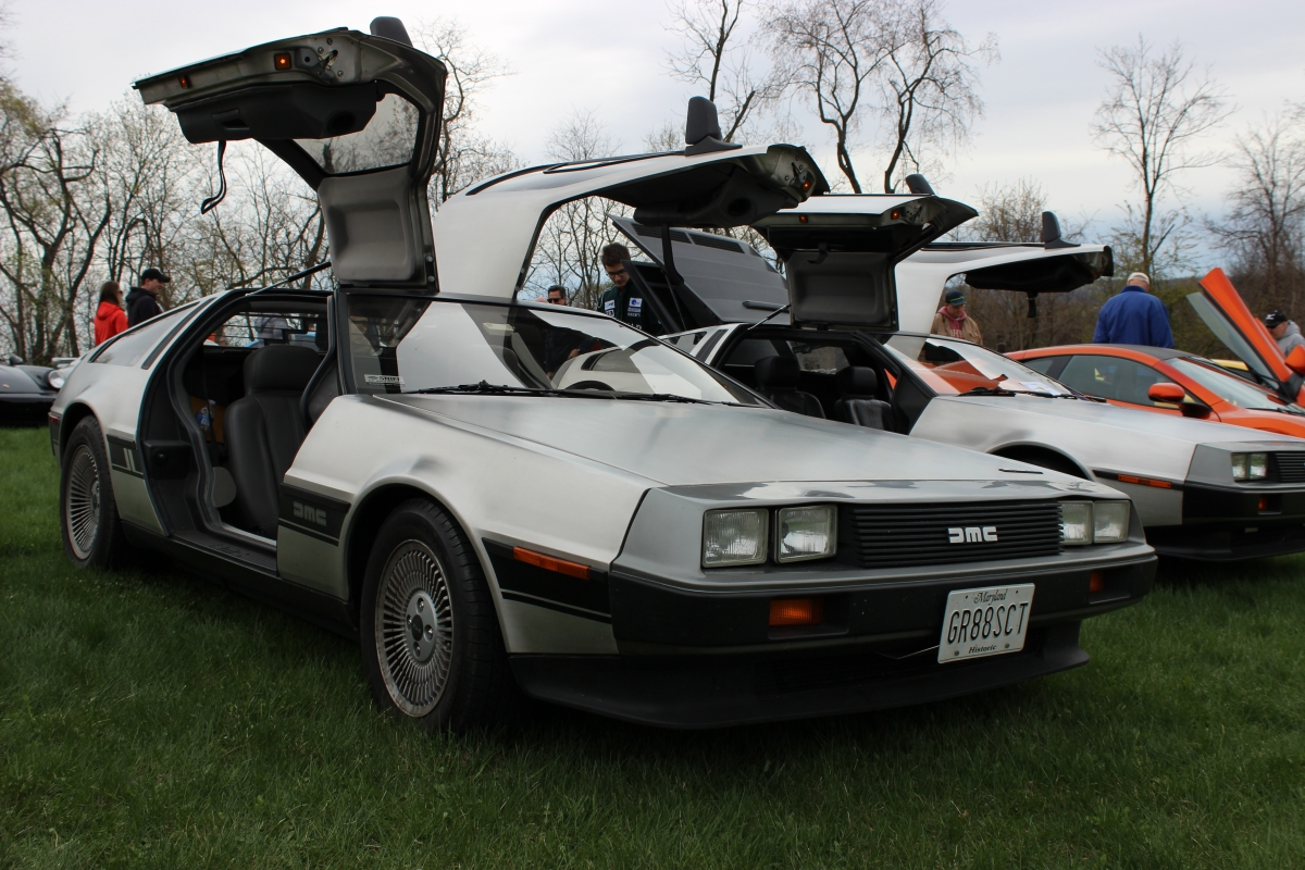 back to the future delorean cars to go back into production in 2017. Black Bedroom Furniture Sets. Home Design Ideas
