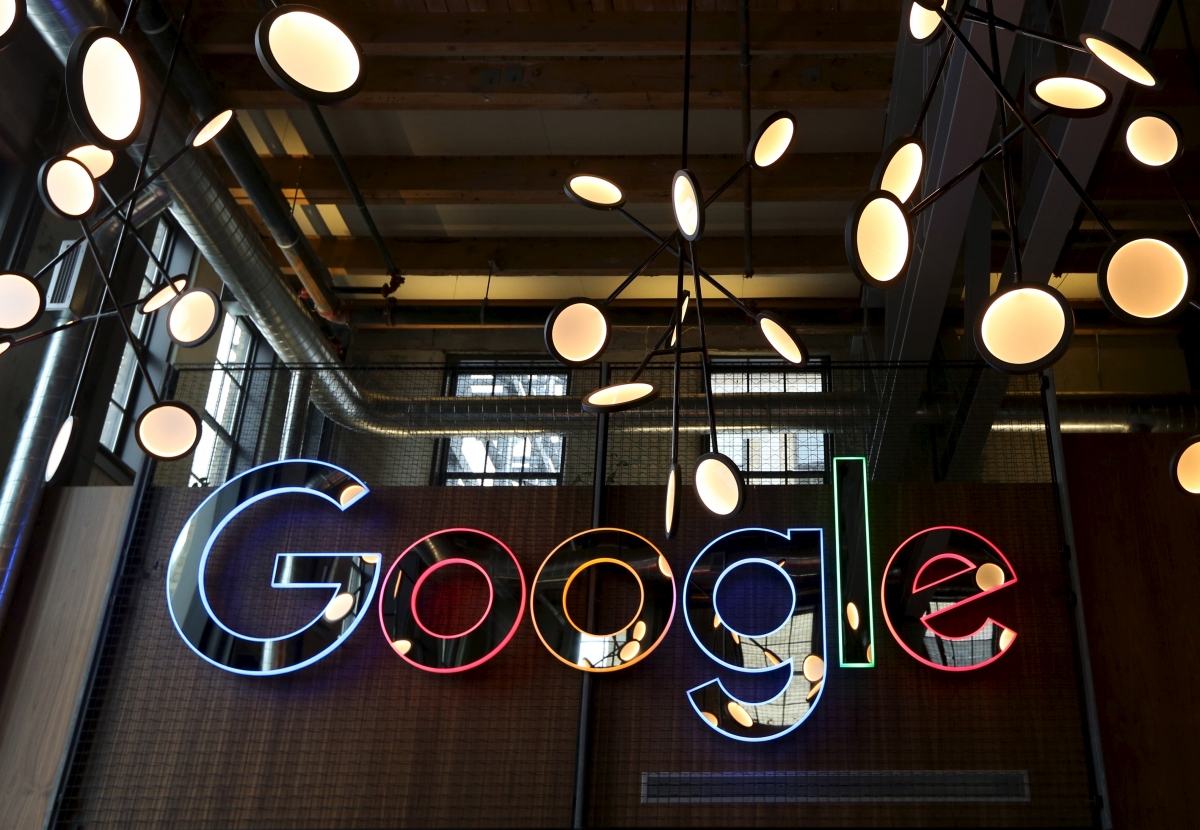 Google pays UK staff average of £160,000 each