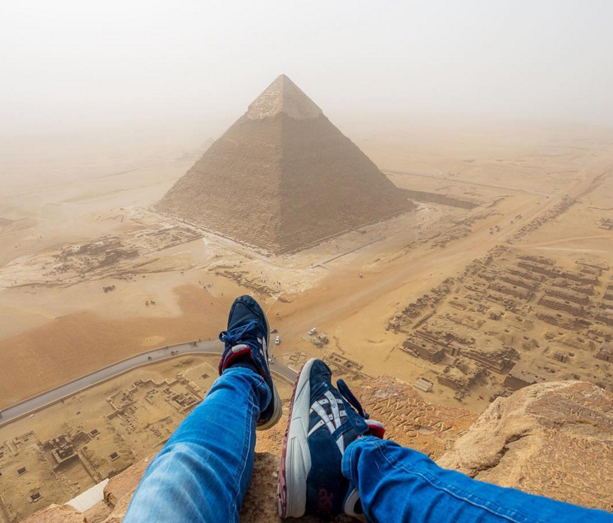 Teenager climbs Great Pyramid of Giza