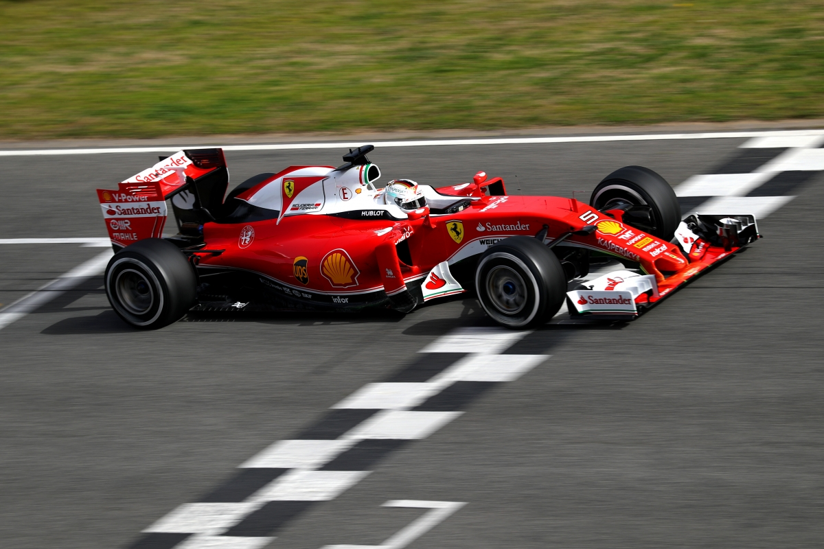 F1 2016 pre-season testing: Sebastian Vettel fastest on day one as Lewis Hamilton makes ...