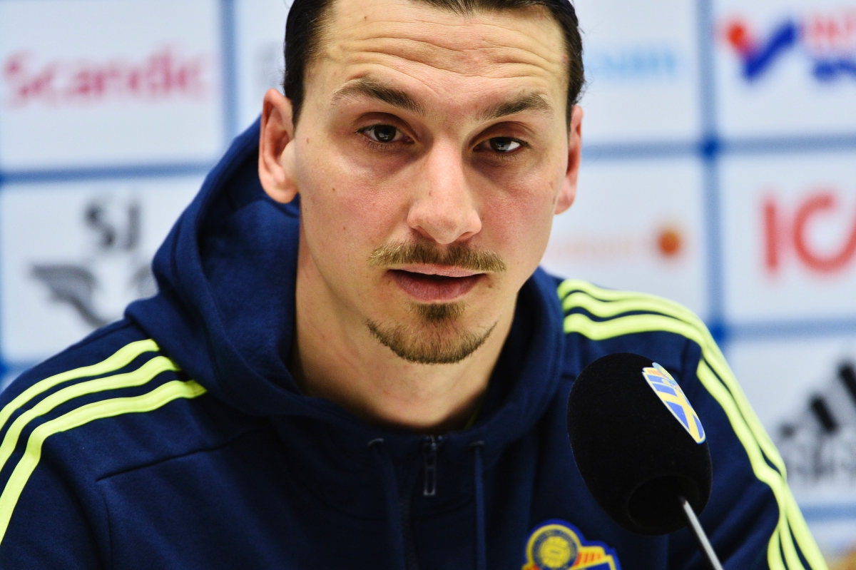 Manchester United: PSG star Zlatan Ibrahimovic open to Old Trafford ...