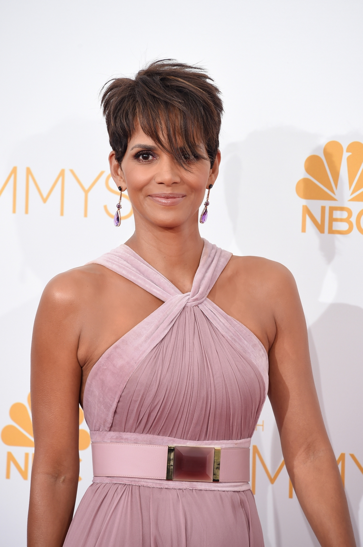 Halle Berry had to argue with directors in order to ... Halle Berry