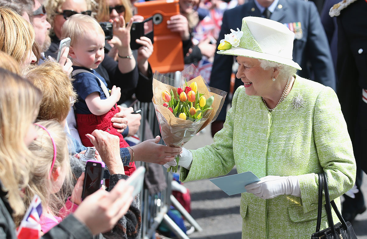 Queen Elizabeth celebrates her 90th birthday   WWMT