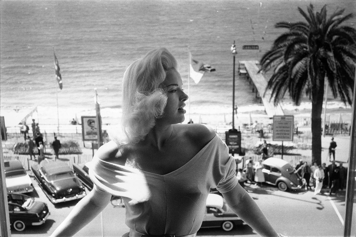 Cannes film festival classic glamour on the french for Retro italian xxx
