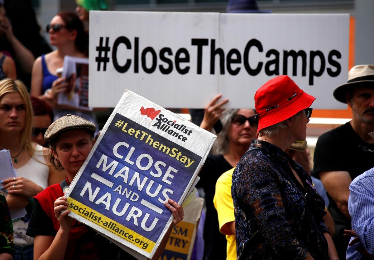 Australia 39 s immigration minister peter dutton sparks - Bureau d immigration australien ...