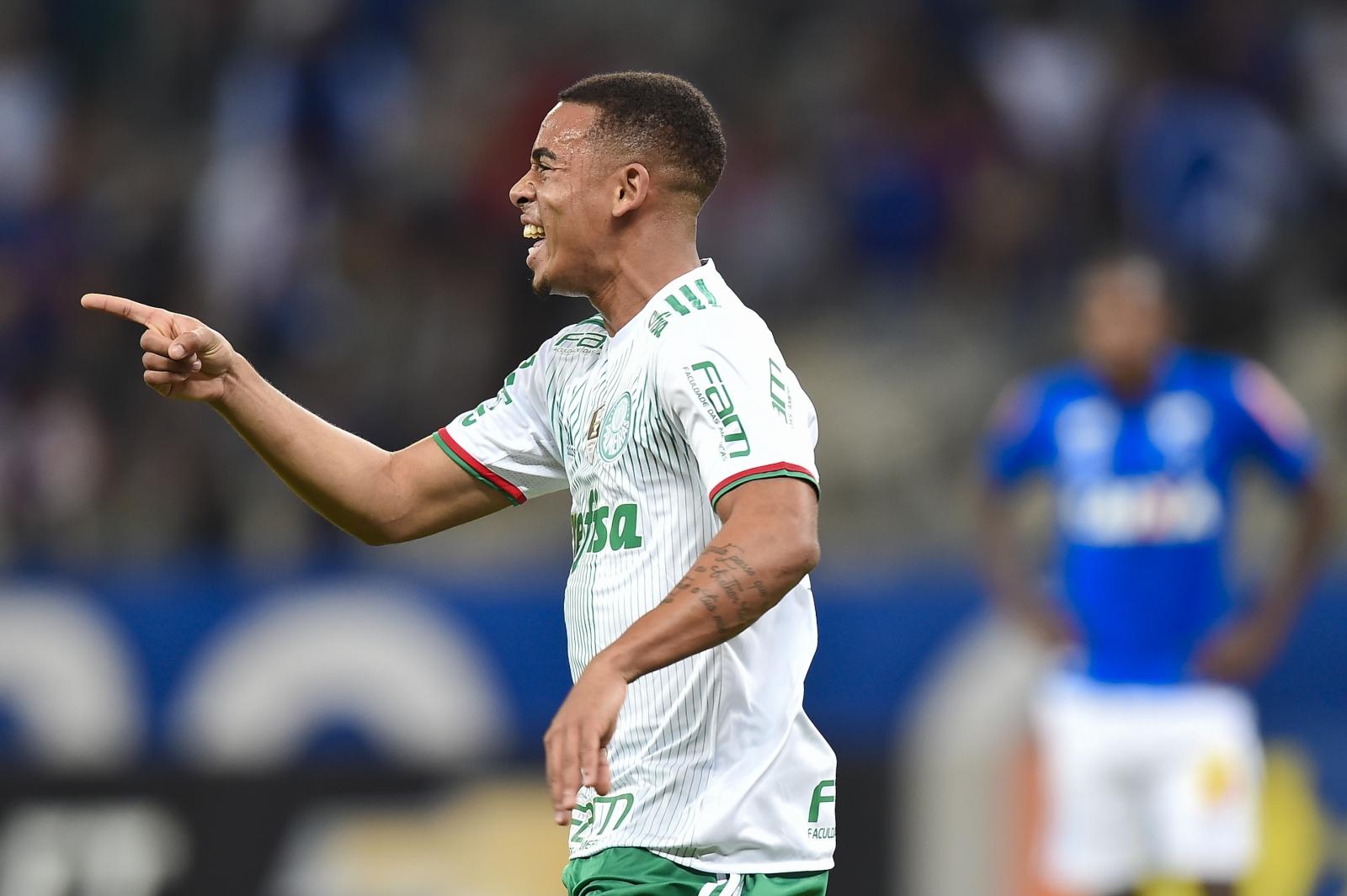Gabriel Jesus Manchester City set to beat United to Palmeiras striker