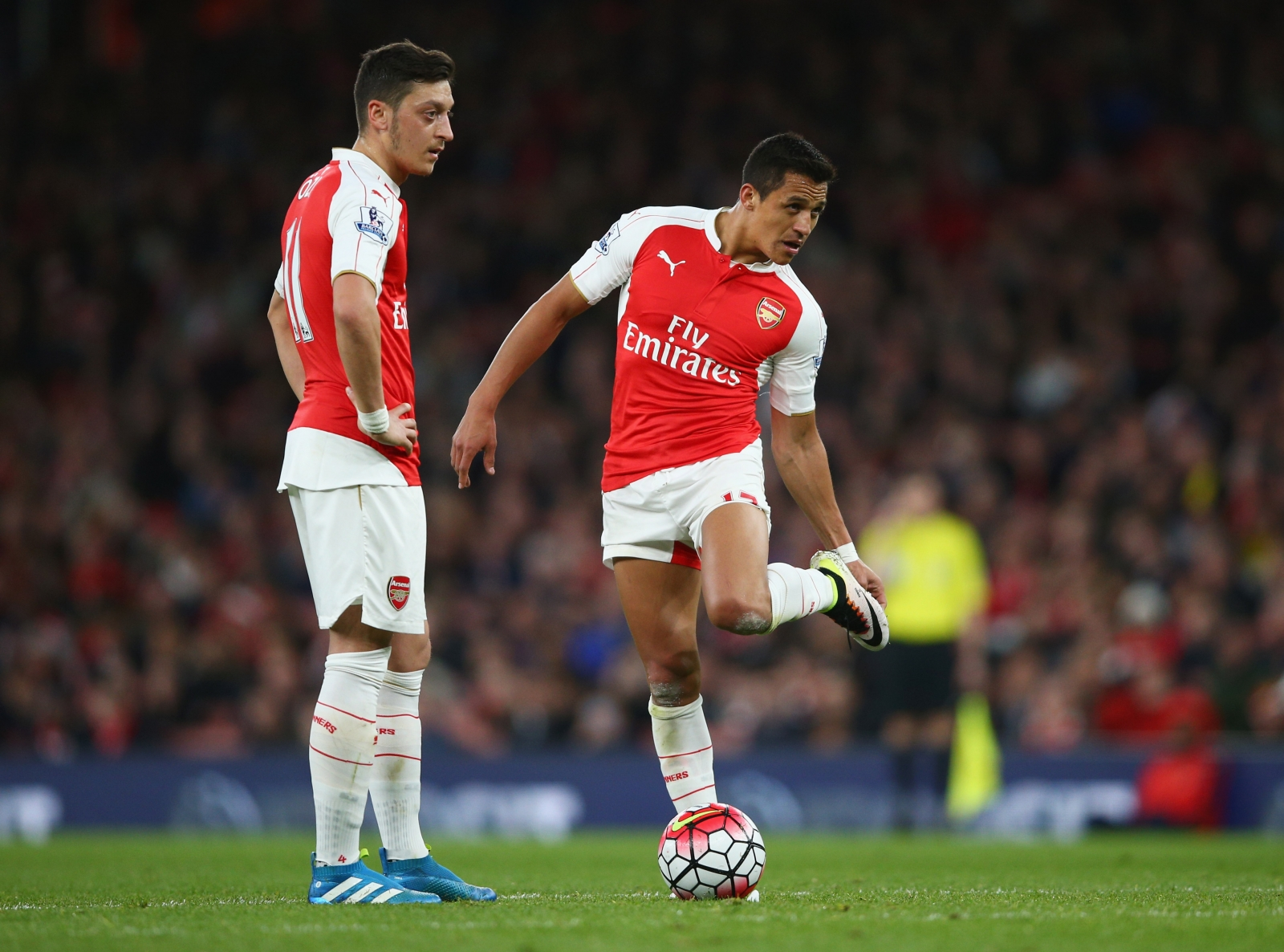 A lack of spending at Arsenal could cost them the loyalty of their star men