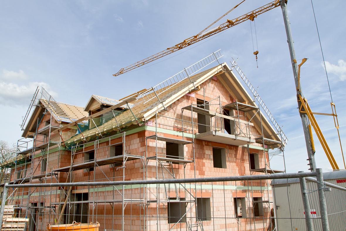 Uk housing crisis new housebuilding starts increase by 10 - Costruire la casa ...