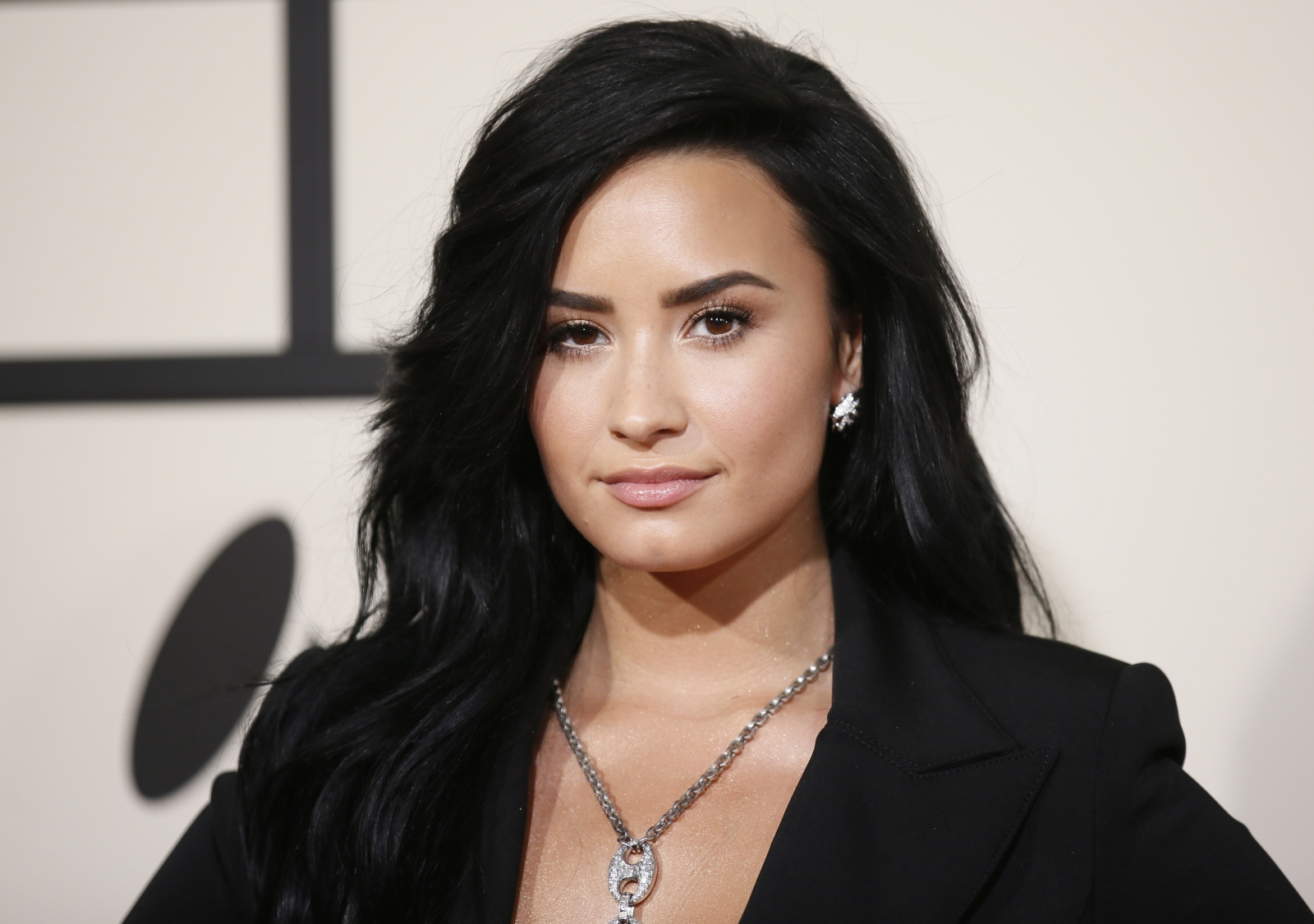 Demi Lovato sued by indie rock band Sleigh Bells for copyright ...
