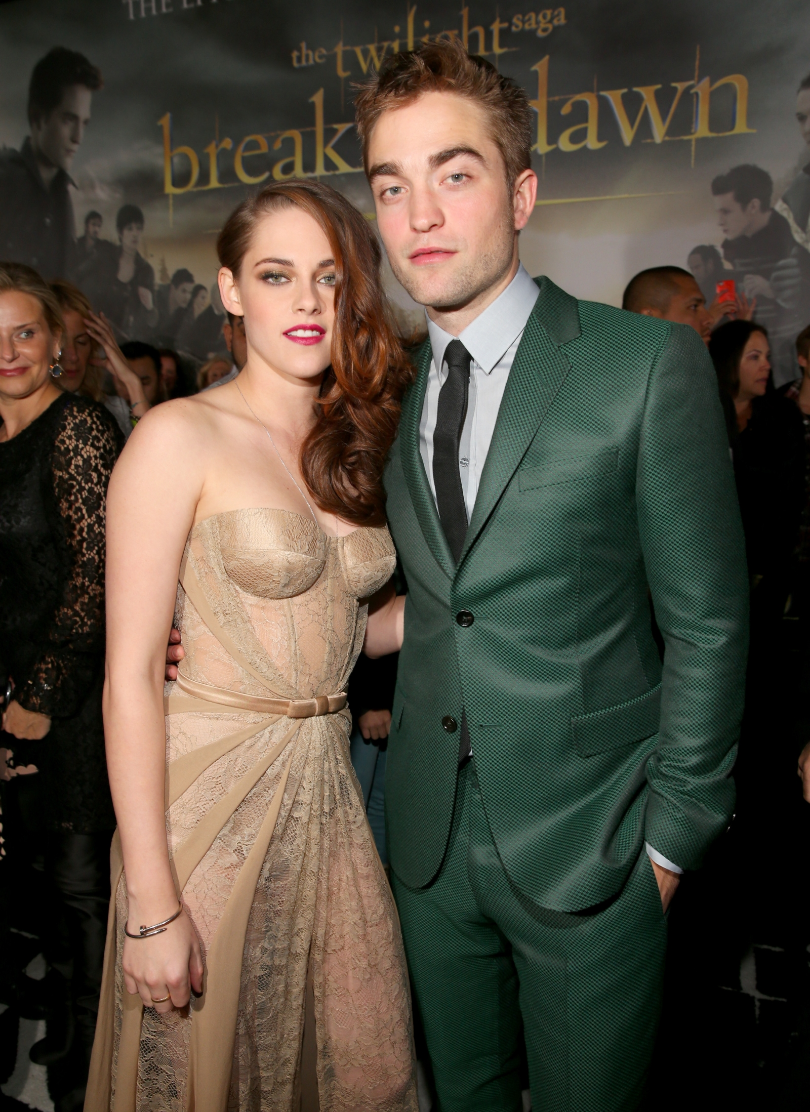 robert pattinson and kristen stewart dating Kristen stewart : voilà des déclarations auxquelles on ne s'attendait pas séparés depuis plusieurs années, kristen stewart a fait des révélations choc sur robert pattinson.