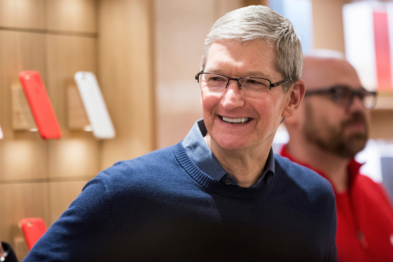 tim cook You can't have democracy without discourse, tim cook said in a recent interview, and that's why the national rifle association's channel is staying on apple tv following the parkland.