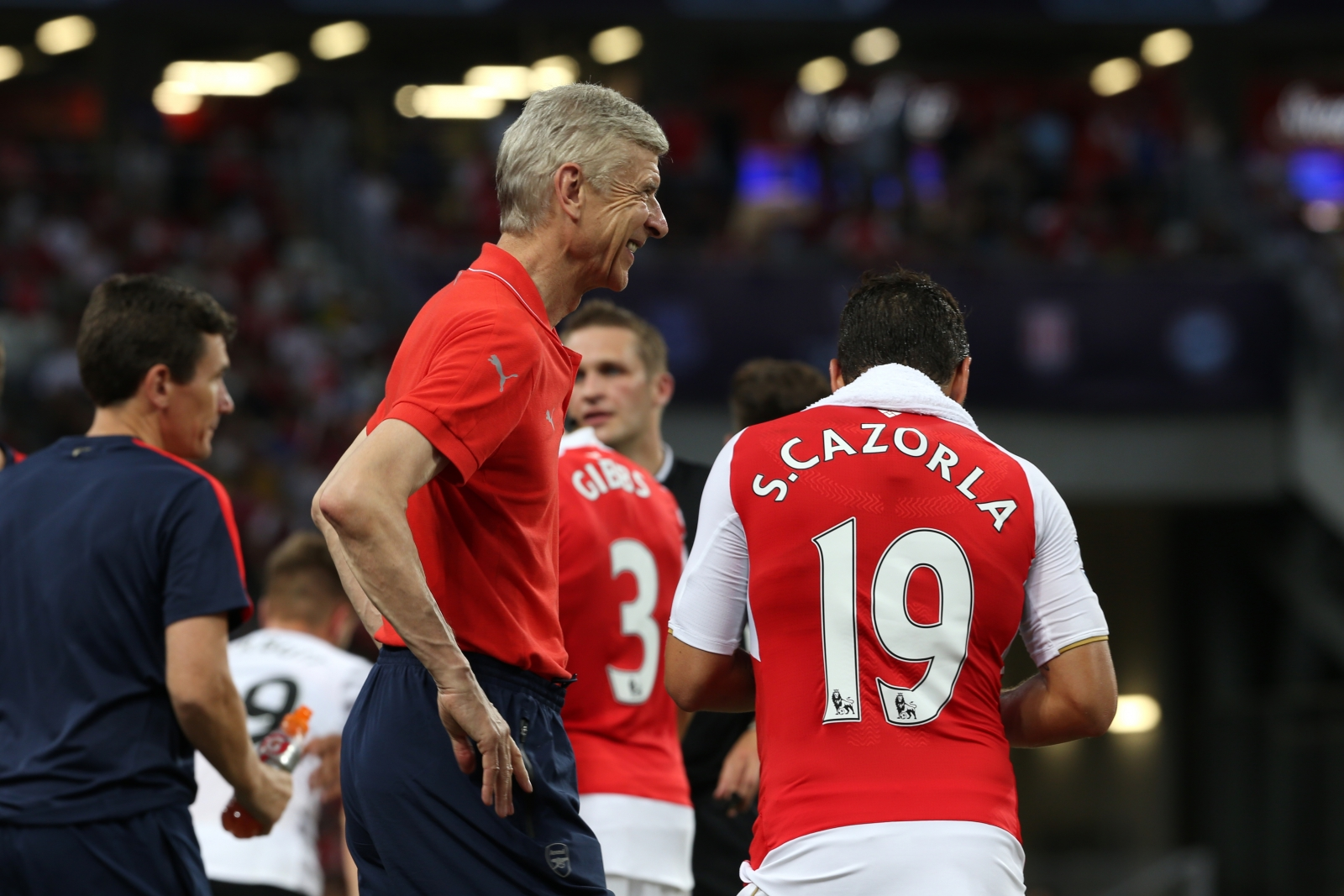 Santi Cazorla believes Arsene Wenger could continue at Arsenal