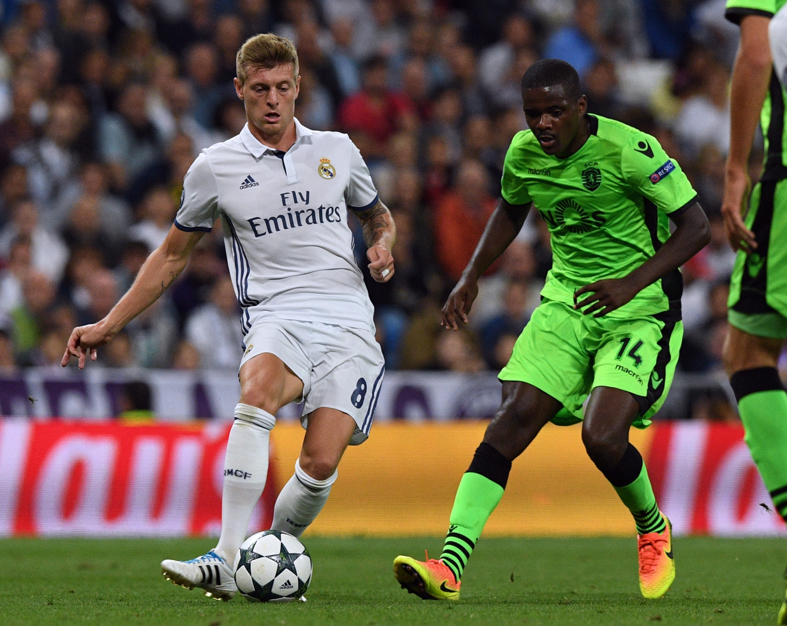 Toni Kroos agrees new Real Madrid deal following Manchester United