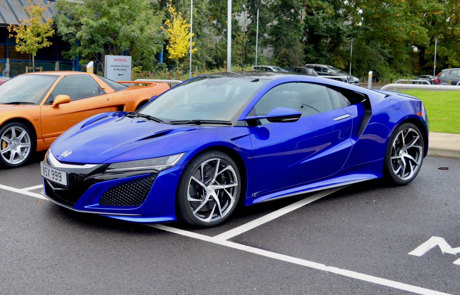 honda nsx review hybrid supercar takes on mclaren and audi